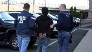 ICE POLICIA ILEGA